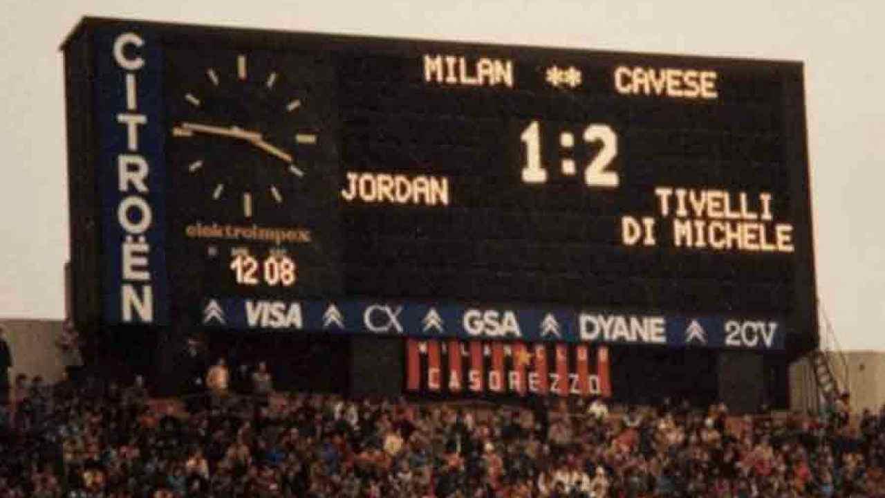 Milan-Cavese 82/83