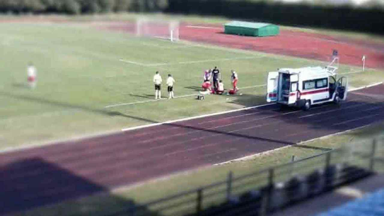 ambulanza calcio